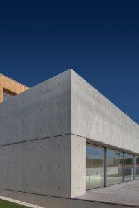 arquitectura minimalista casa avanca